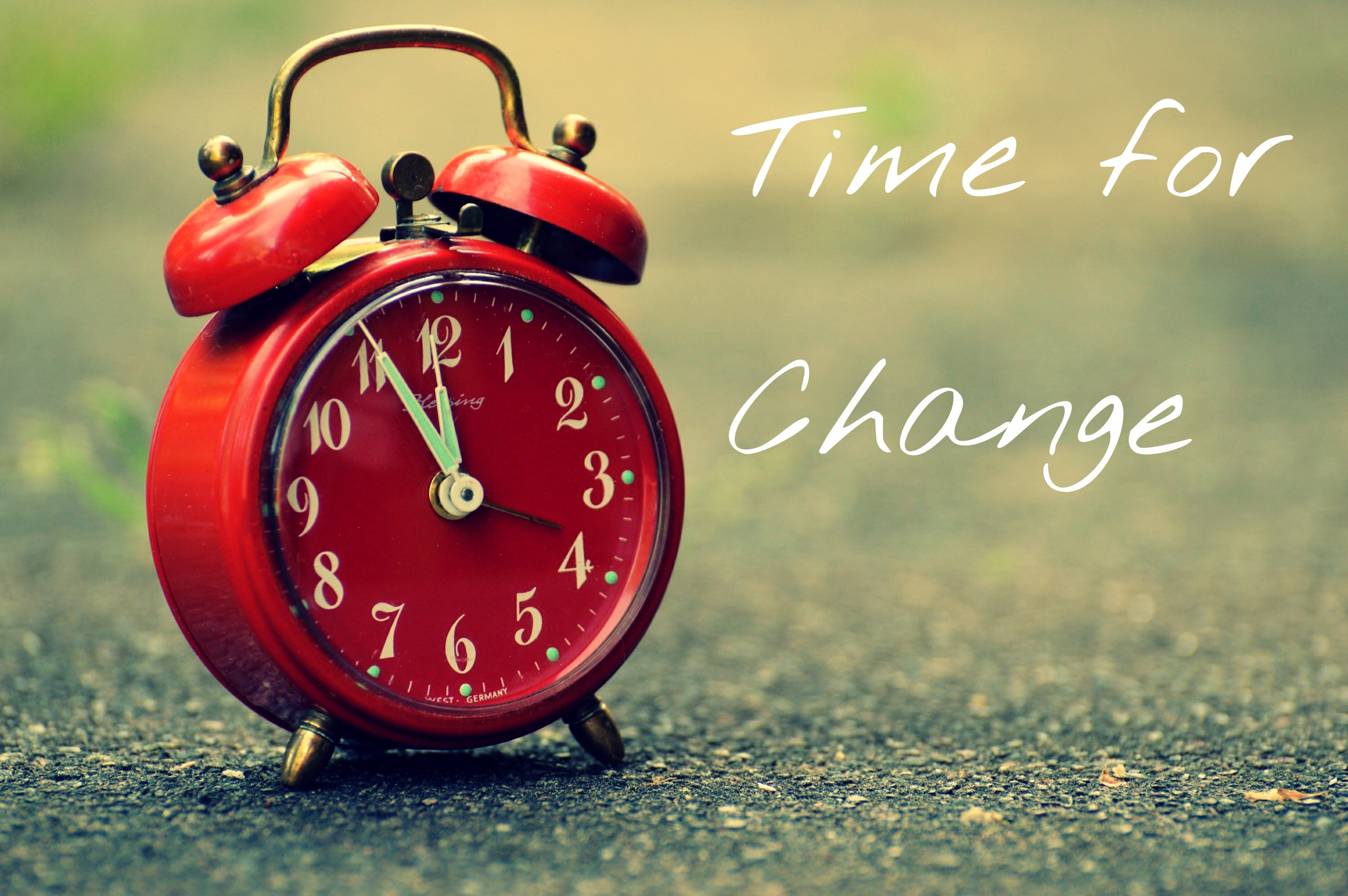 How do I help my child deal with the clock change?